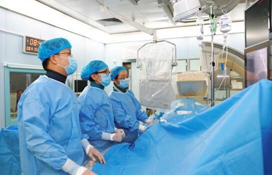 烟台山医院胸痛中心荣获2017中国胸痛中心年度质控银奖