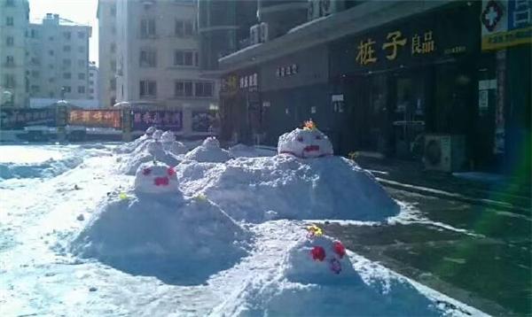 雪人堆起来!山东迎入冬以来最大降雪,你那里下了吗?