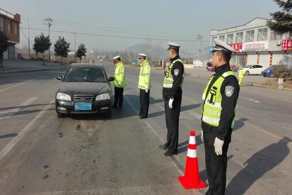 薛城交警开展道路交通百日集中行动 扣留违法机动车17辆