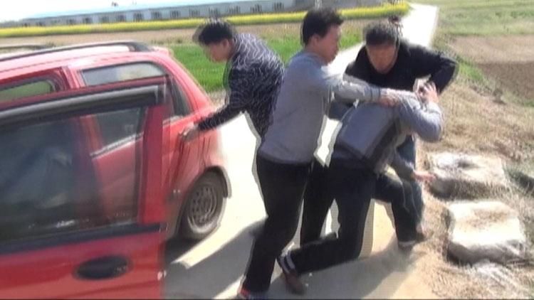 菏泽警方破获特大网络电信诈骗案 33秒独家视频看抓捕现场