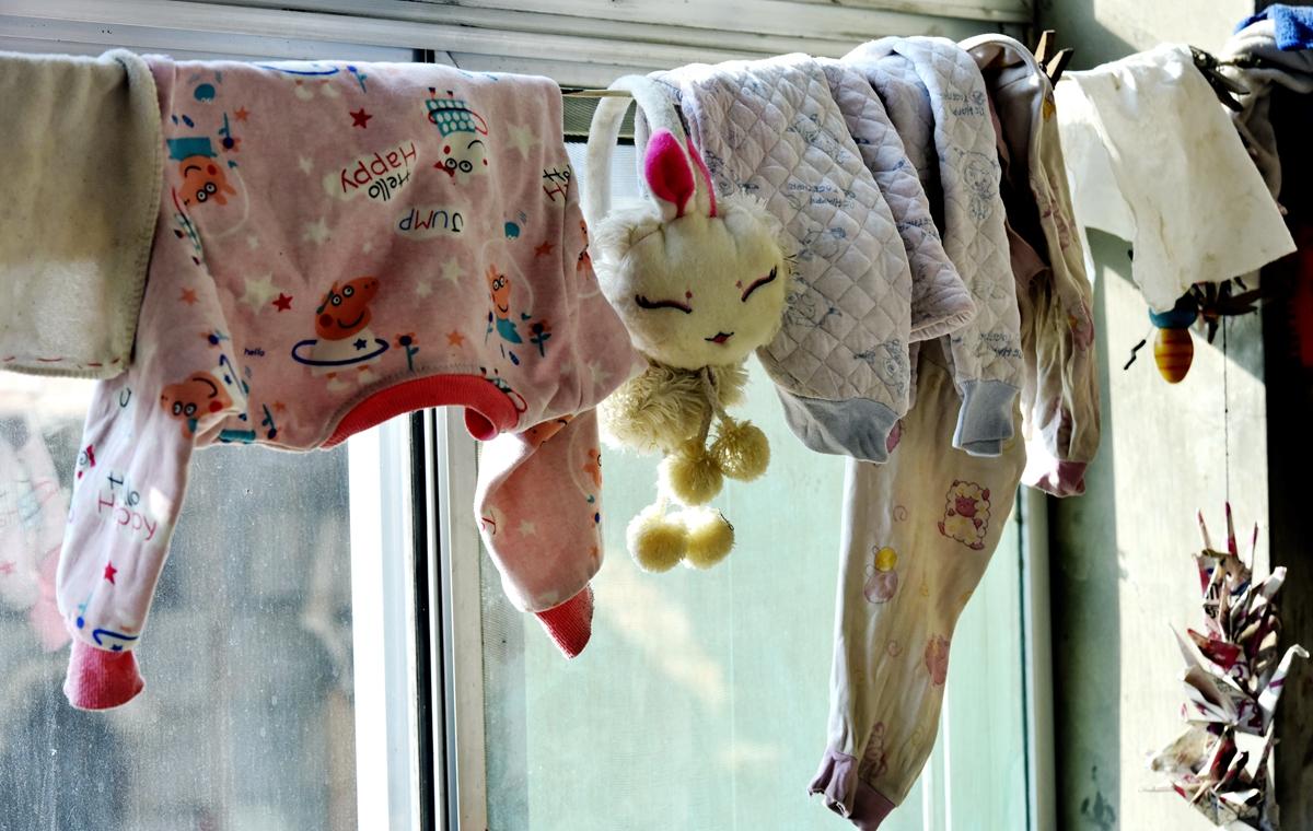 揪心!济南3岁女童严重烫伤 父亲1个月前刚去世