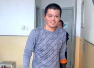 """政府保障给力!潍坊16岁烧伤少年生活""""有底""""了"""