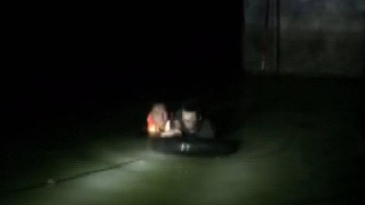 49秒 男子凌晨落入沂河 曲阜消防战士淌冰水救援