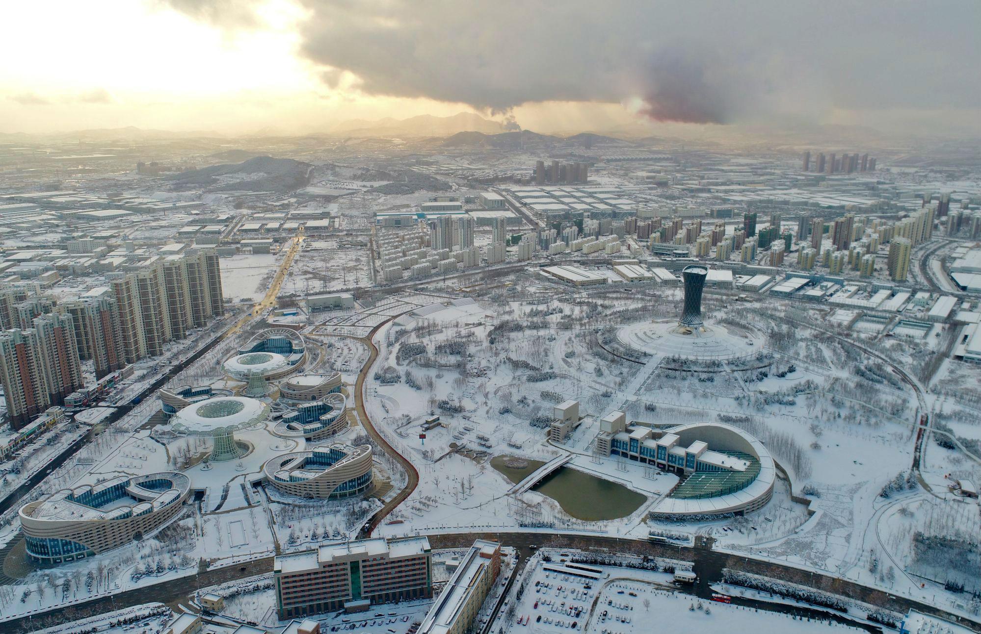 65秒|美爆了!雪后烟台银装出镜 地标建筑宛如童话世界