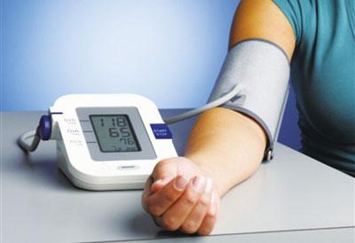 山东出台慢性病防治规划 全面实施35岁以上人群首诊测血压