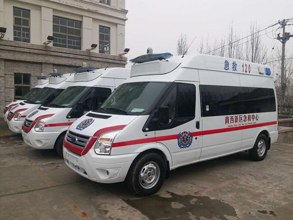 青岛16辆新型救护车交付使用 可微信求救节约时间