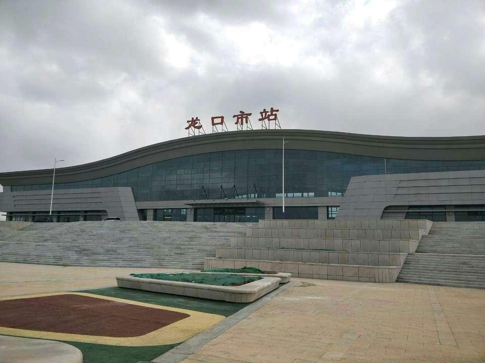 龙烟铁路12月28日开跑 环渤海再添经济新通道
