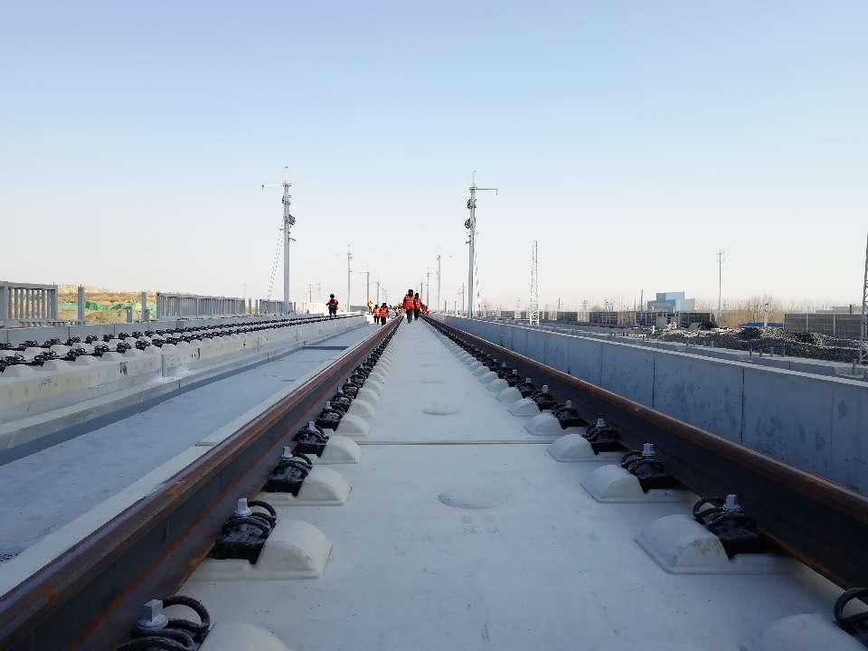 济青高铁高速段铺轨到达济南起点 明年济青1小时到达