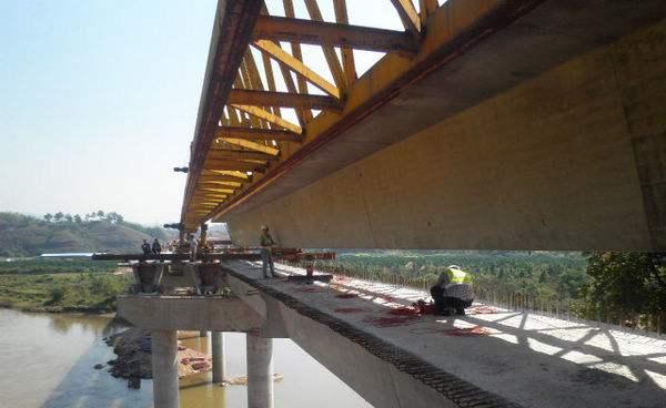 济鱼线洙水河桥改造工程提前完工 双向车道全部通车
