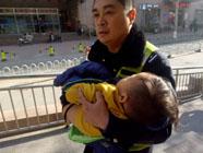 争分夺秒!2岁男孩误服药物 滨州交警全城接力送医