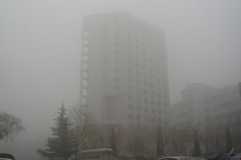 海丽气象吧|山东大雾红色预警降级为大雾黄色预警信号