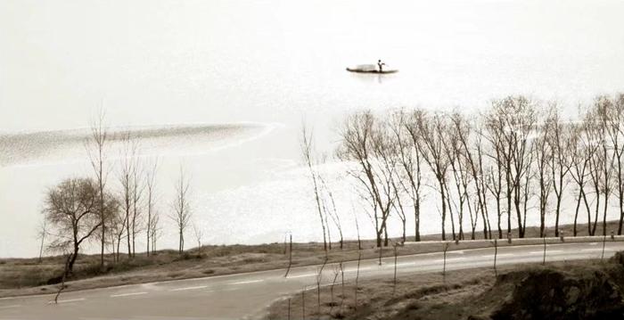 最撩人的冬日丨雾间东阿宛若水墨画