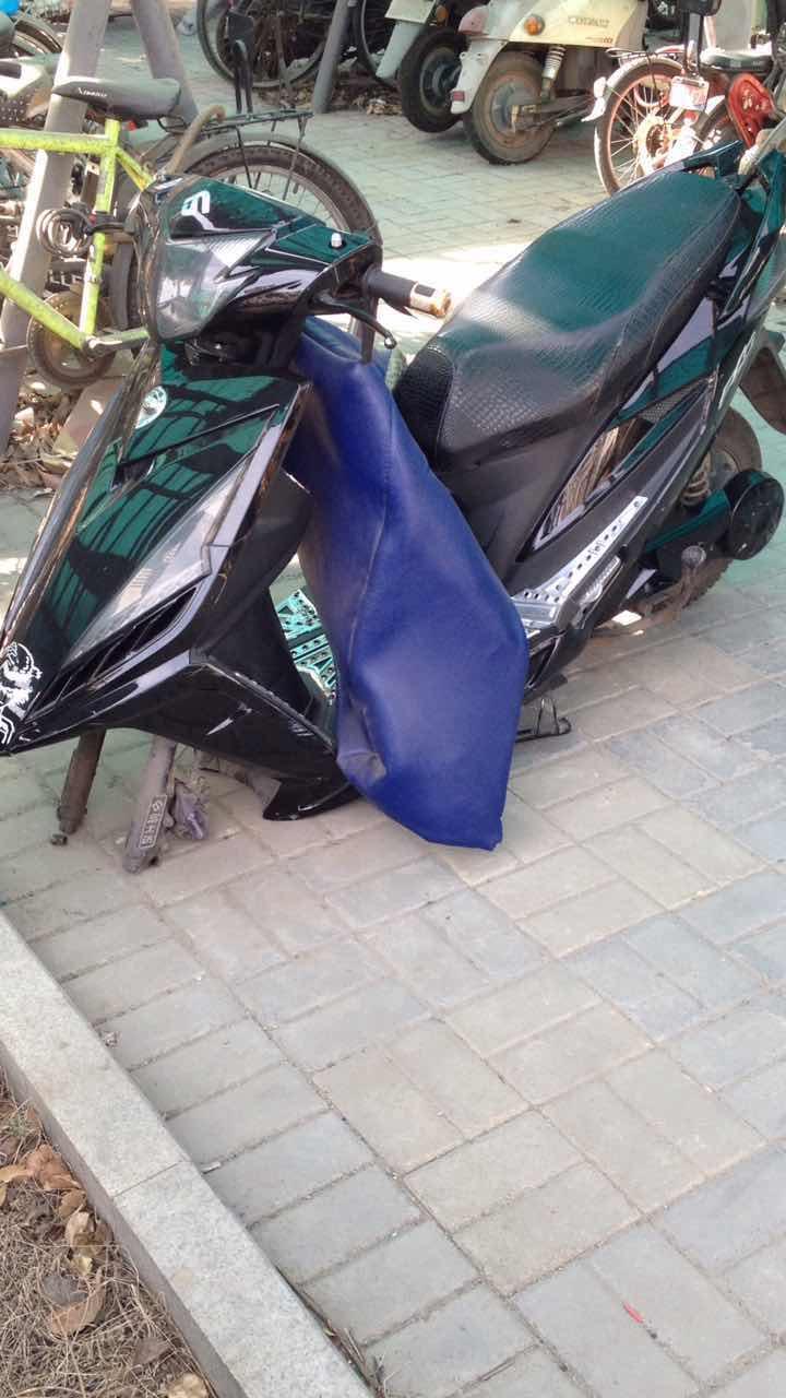 济南价值万元摩托被偷只剩前轮 还有更囧的事情
