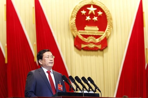 """大力发展总部经济 济南计划2018年新增30座""""亿元楼"""""""
