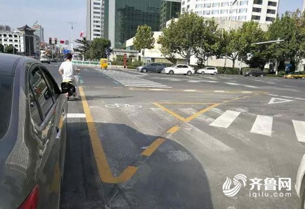 尊重民意!潍坊交警调整路口通行方式 交通秩序明显改善