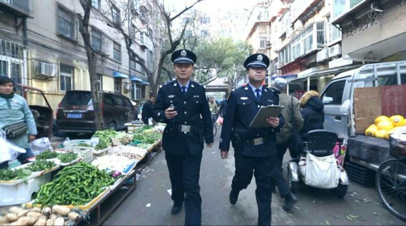 济南110民警的一天:年关将至,提醒市民注意反诈防盗