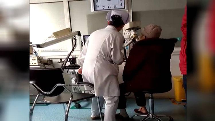 39秒|淄博当患者面跳舞护士:别人觉着像小丑,但我觉得值