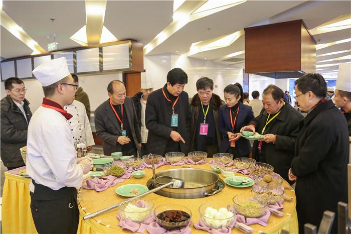 潍坊市第二届饭店服务技能大赛在滨海举办