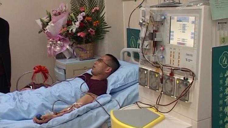 62秒丨淄博男子增重5斤捐髓救人 家中已有两人成功捐献过