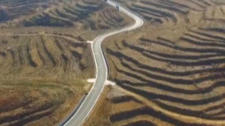 山东2000个省扶贫重点村年内实现街道全硬化