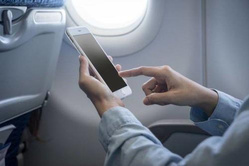航班手机解禁乘客倍感惊喜 但有几点仍需注意