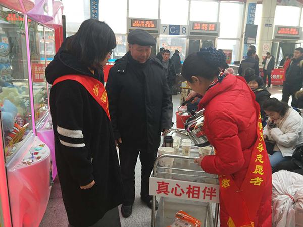 春运首日临沂汽车站客运客流平淡 道路客运开通6560个班次