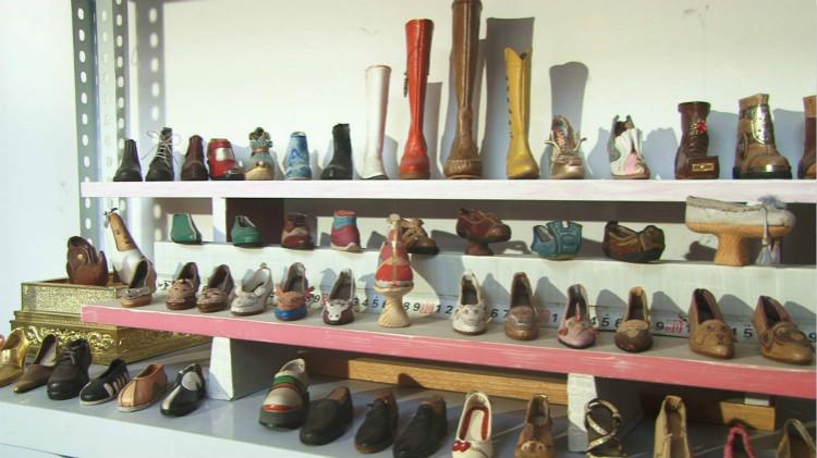 76秒|小人国专属鞋匠!济南师傅做小鞋上瘾:它承载我的理想