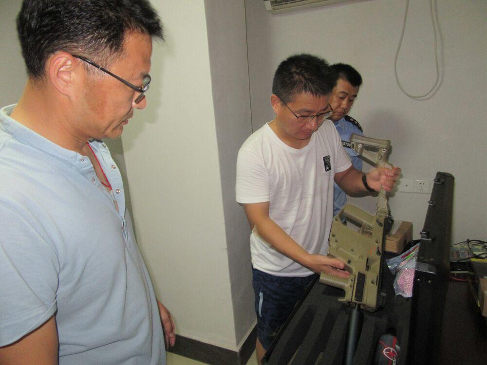 齐鲁最美警察丨蔡光普:追踪90天吃住在车内 查获5.2吨枪支部件