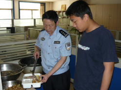 """齐鲁最美警察丨马怀龙:为孤儿当7年""""警察爸爸"""""""
