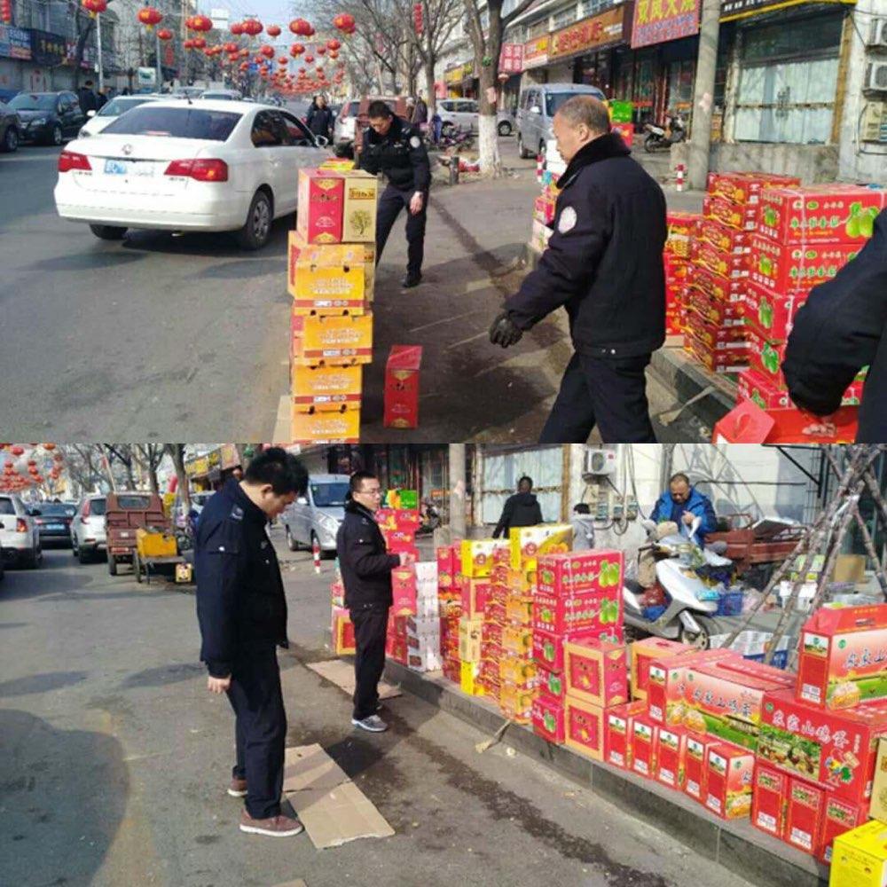 淄博城管节日坚守执法一线 劝导、清理占道摊点2320余处