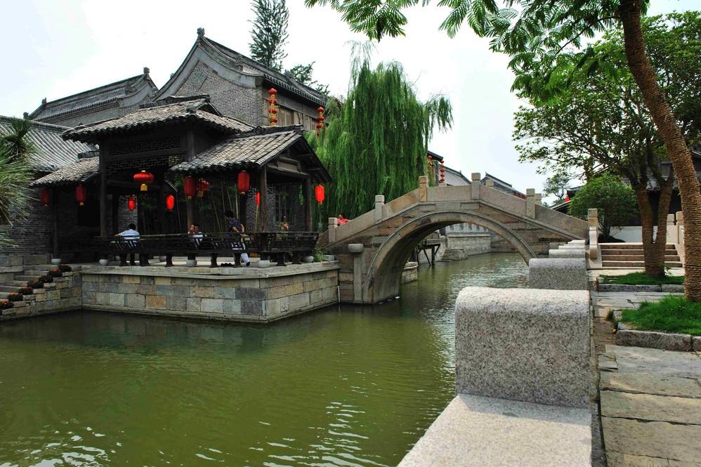 枣庄计划今年服务业增加值实现1025亿 实现旅游消费总额223亿