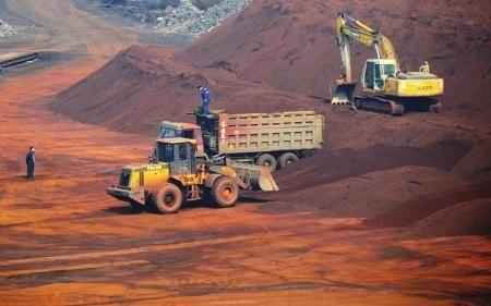2018年1月份山东口岸铁矿砂进口量增价跌