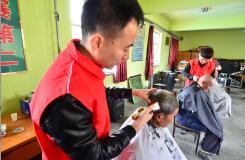 志愿服务耀沂蒙 罗庄区学雷锋志愿服务活动月启动