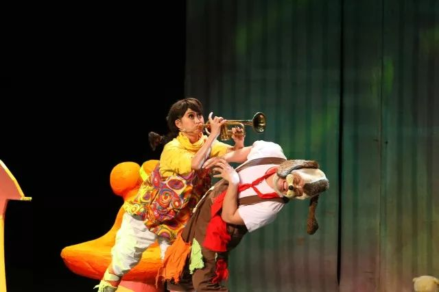 经典童话剧《七色花》绚丽亮相济南儿童艺术剧院!