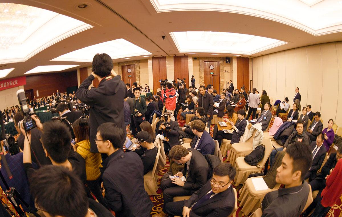视觉两会|80余家中外媒体聚焦山东代表团开放日