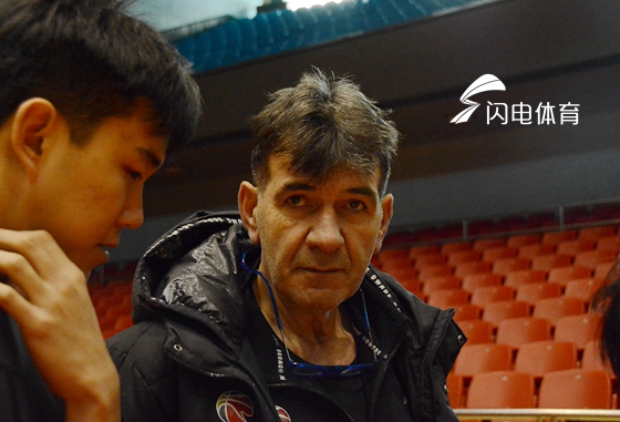 江苏主帅:部分队员已放弃比赛  陈磊忠告年轻队员