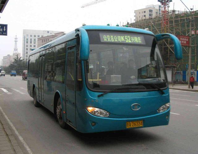 济南:凤岐路兴港路路口封闭施工,K146调整运行路段