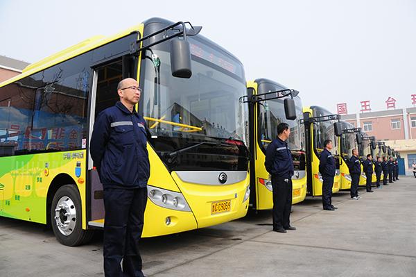 高青24辆纯电动公交车投入使用 3月份试运营免费乘坐
