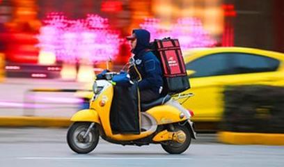 闪电指数|中国在线餐饮外卖用户规模破3亿 年轻人是消费主力军