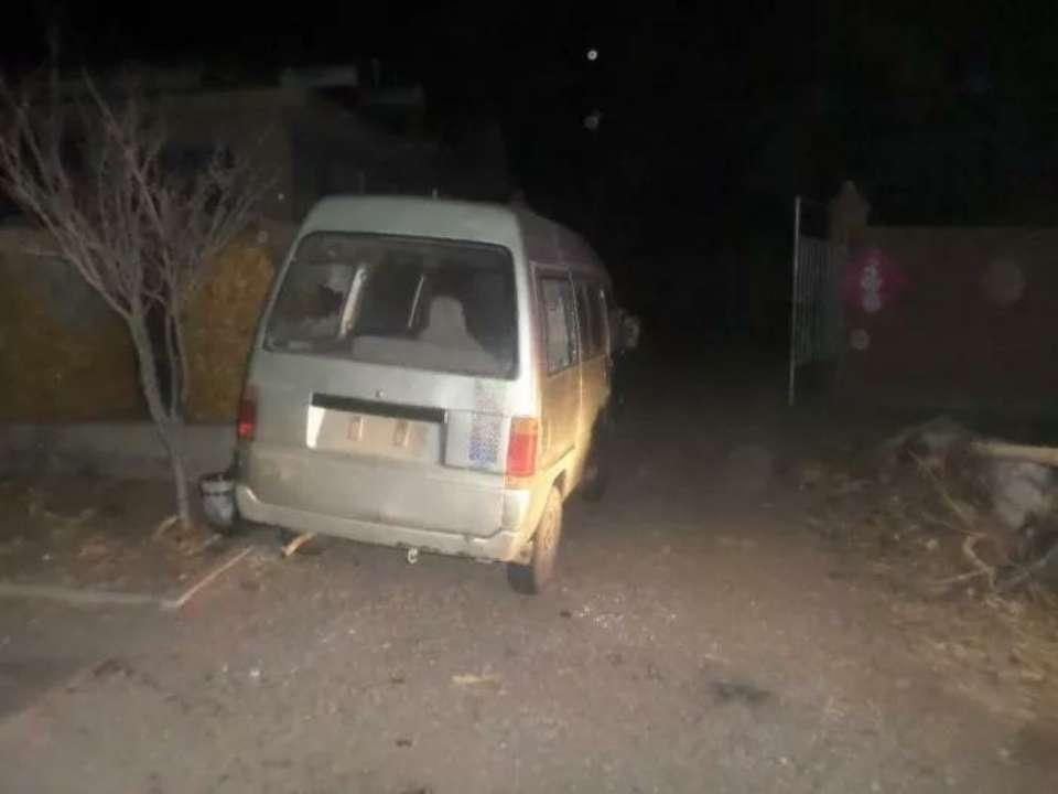 莱阳:面包车被砸,警犬凭一块石头助警方成功破案!