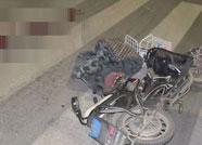 潍坊一男子被大货车撞倒丧命 肇事司机却一脸茫然