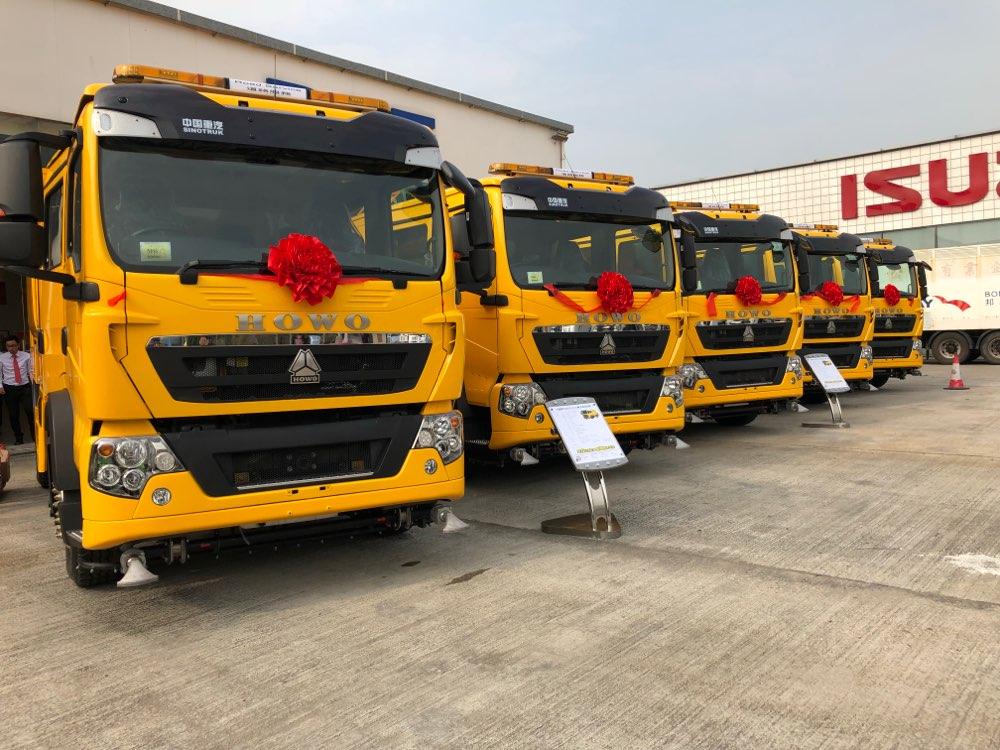 顺利交车! 中国重汽首批欧Ⅵ重卡批量挺进香港