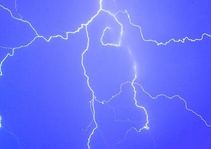 海丽气象吧丨枣庄发布雷电黄色预警 滕州山亭已现强降水