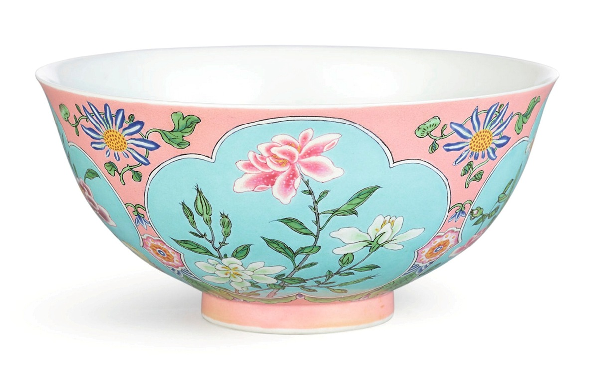 苏富比1.9亿高价成功拍出清朝康熙御用碗 精致罕见