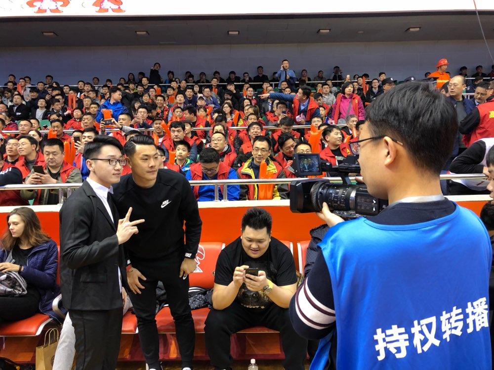 王大雷:篮球场氛围很棒 期待山东高速男篮取胜