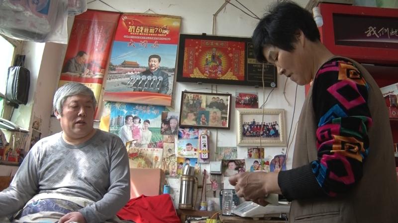 """梁山夫妻经营""""无人值守""""商店 25年未少钱"""