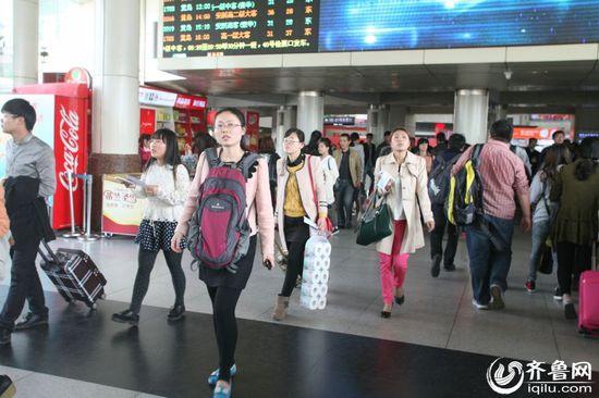 清明节期间日照共发送乘客97.68万 同比增长1.46万人