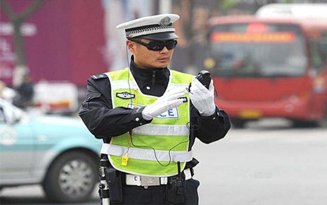 """聊城移动警务显""""神威"""",交警快速查获多辆假牌车"""