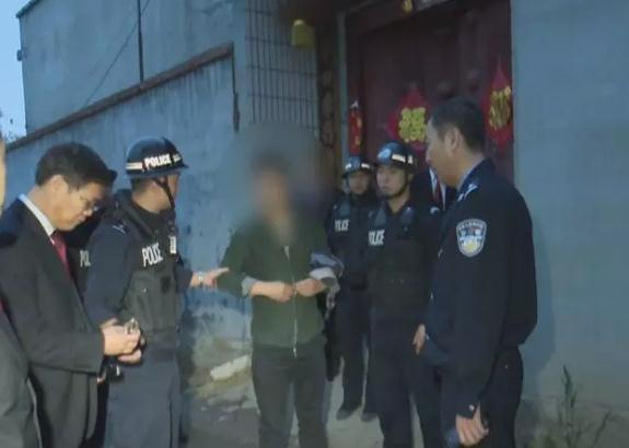 """滕州拘传拘留49名""""老赖""""350余万执行款到位"""