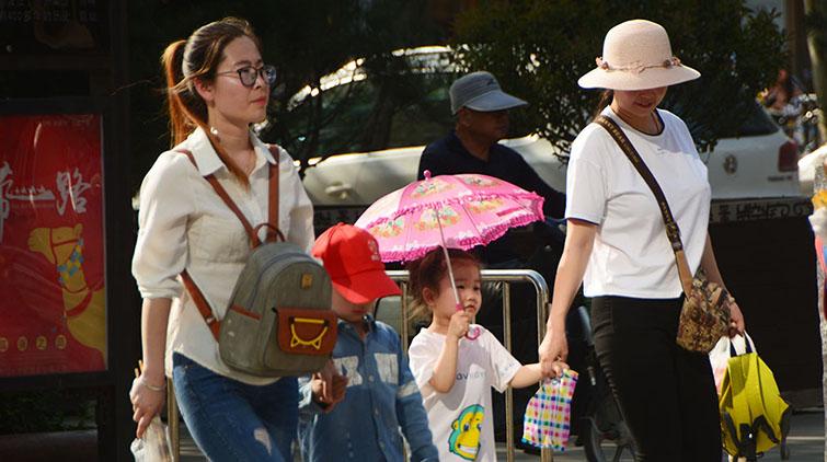 热热热热热热!今日济南直逼31℃ 市民避暑有高招